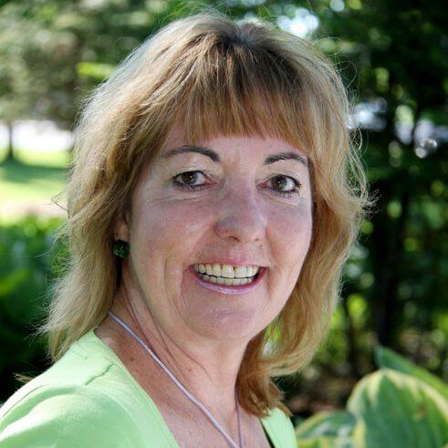 Deb Csumrik Portrait